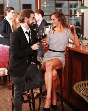 Um erfolgreich zu flirten, gibt es einige Tipps zu beachten.